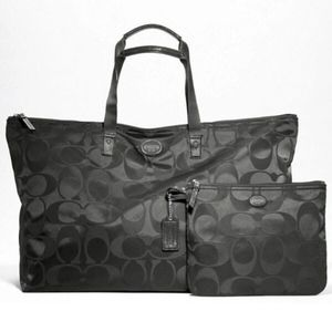 NWOT Large Lightweight Coach Packable Tote - Black